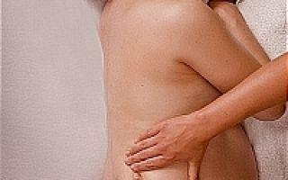 Задержка месячных и болит низ живота: возможные причины