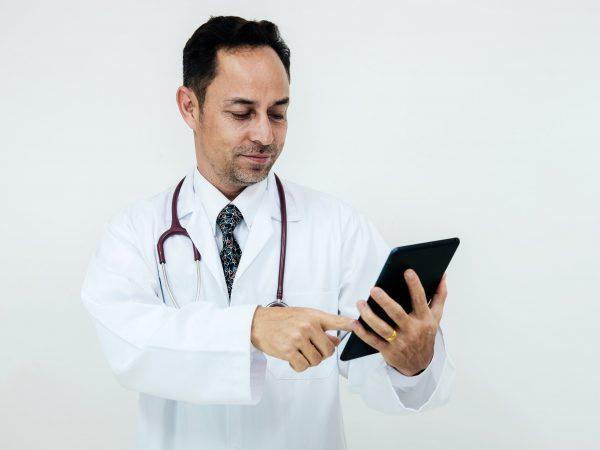 Фиброма яичника (фиброз): что это такое, симптомы, лечение, зачатие