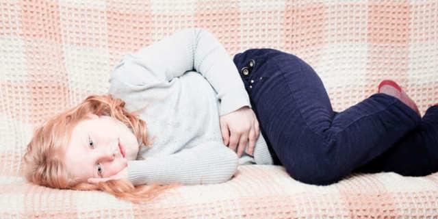 Киста яичника у девочки подростка: симптомы, причины, лечение