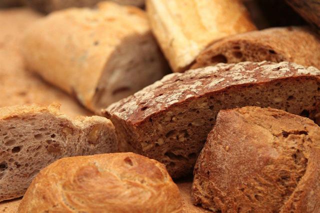Что нельзя есть при месячных: запрещенные продукты