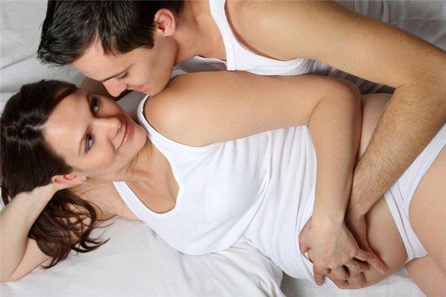 Можно ли мастурбировать во время месячных: польза или вред