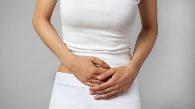 Почему месячные идут больше 7 дней: причины и лечение