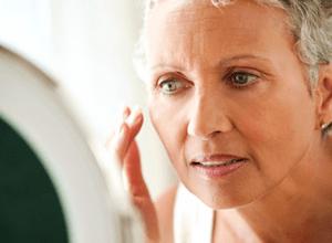 Головокружение при климаксе: признаки и симптомы, способы устанения