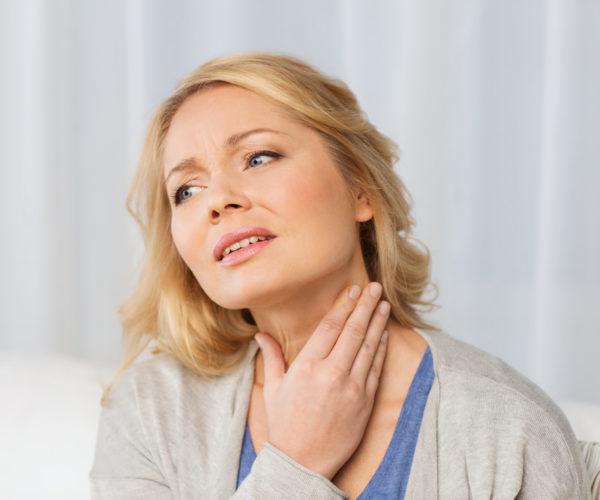 Болят соски перед месячными: причины при патологии и в норме
