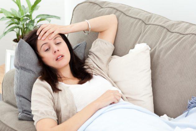 Кровь за неделю до месячных: варианты нормы и нарушений