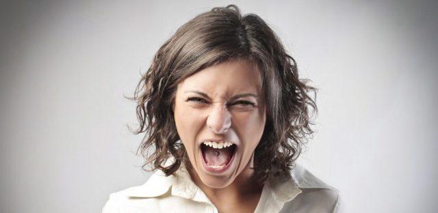 Синдром предменструальный: проявления, причины и лечение