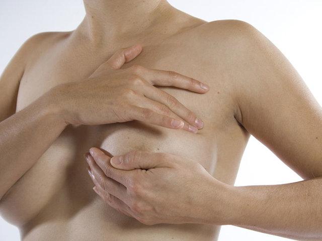Не болит грудь перед месячными: норма или патология