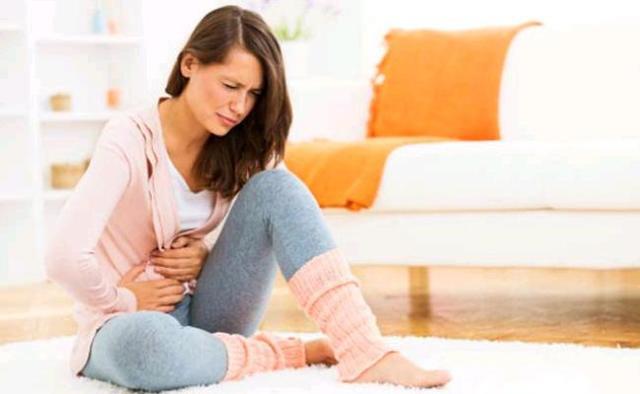 Как отличить месячные от кровотечения: симптомы, лечение