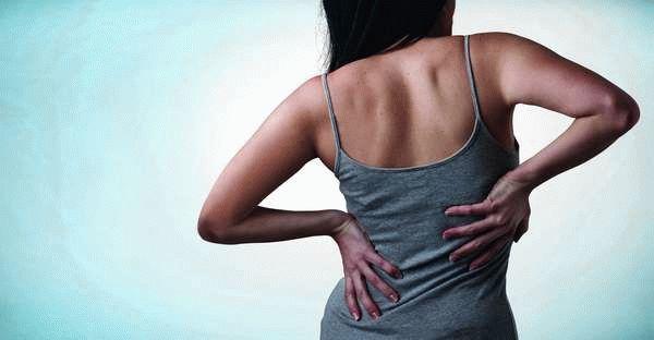 Задержка месячных и болит поясница: основные причины состояния