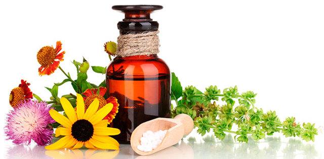 Тошнит после месячных: симптомы, причины и лечение