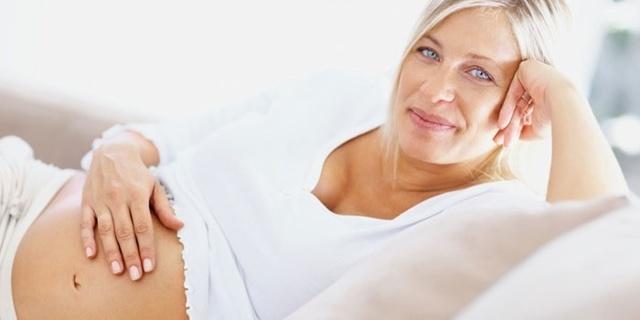 Беременность при климаксе: вероятность и признаки