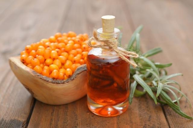 Тампоны с облепиховым маслом: свойства, показания, изготовление