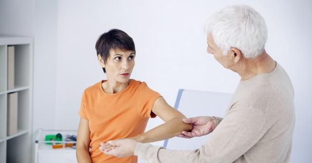 Как облегчить симптомы климакса у женщин: народные методы и лекарства