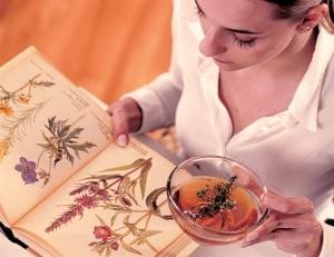 Как уменьшить обильные месячные: препараты, травы, диета
