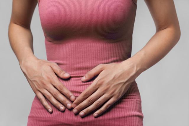 Месячные со сгустками и слизью: норма или патология