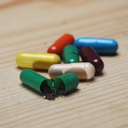 Фитоэстрогены при климаксе в препаратах и полезных травах