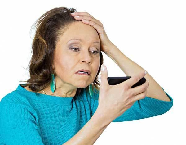 Как остановить выпадение волос при климаксе: важные советы