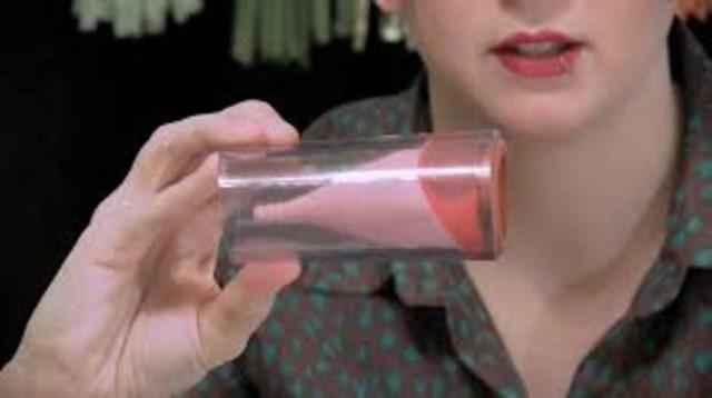 Что такое менструальная чаша: особенности и преимущества