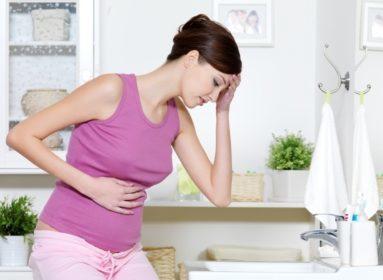 Месячные при беременности: причины, симптомы менструации и кровотечений