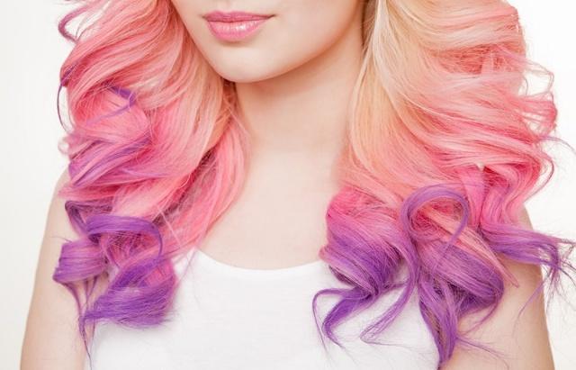 Можно ли красить волосы во время месячных: факты и предрассудки