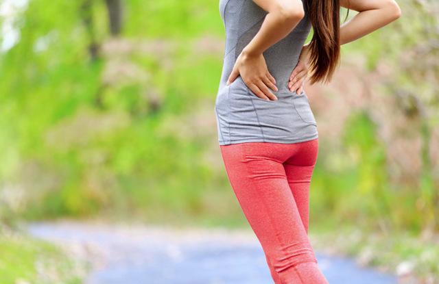 Болит поясница и низ живота после месячных: причины, лечение