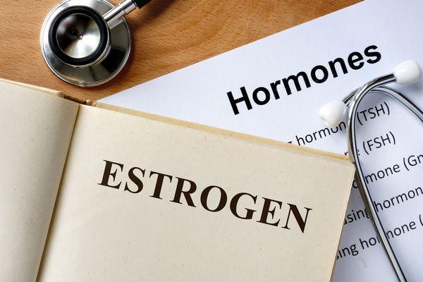 Недостаток эстрогена у женщин: симптомы, причины, лечение